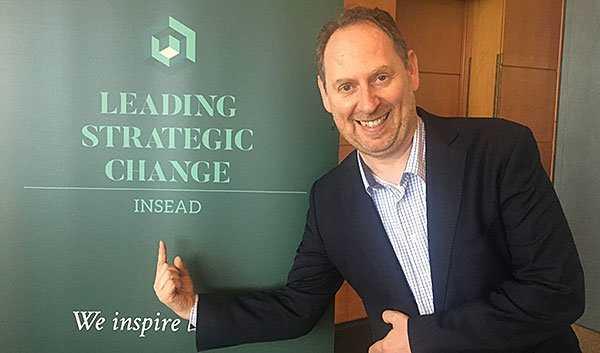 Leading Strategic Change INSEAD